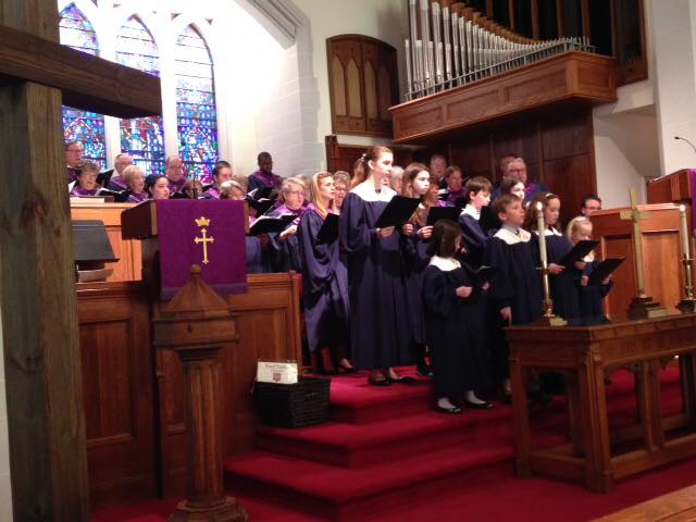 children-sing-in-worship-lent